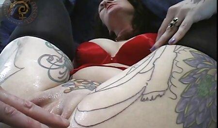 Brazzers - azijski milf nađe velikog kuraca milfsexfilm u svom krevetu