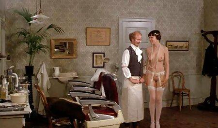 Puhajte joj mokru macu i ona uživa u svakoj parno sex film minuti njegova poteza