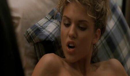 Prsata plavuša jebe svog sex film porno free dečka na kameri