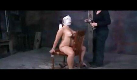 Brineta dobiva kurac u obje rupe lang sex film