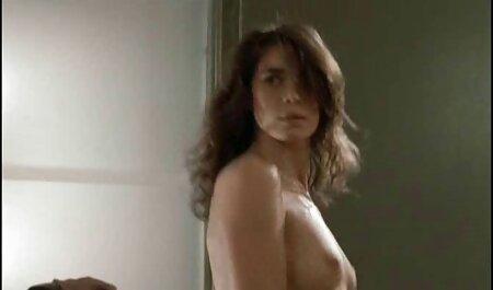 Amaterski bljesak babe Barbara javna masturbacija free sex film 18