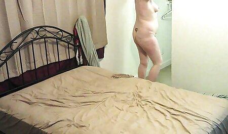 Vruća američka milf Julia sex film soft Ann sisa tvrdi penis!