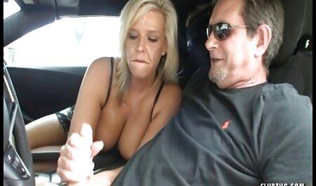 Lažni taksi kraljica fetiš u crnoj koži mature sexfilm dobiva analni vrhnje