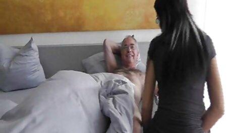 - ACP James se gušio na 40 sex film velikom kurcu